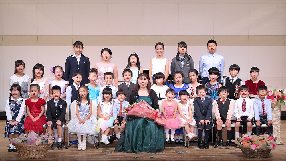 清田ピアノ教室発表会(2018年)集合写真